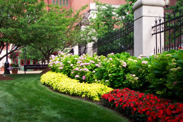 How Commercial Landscaping Can Improve Your Business